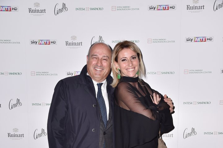 MILAN, ITALY - APRIL 11:  Federica Pesce and a guest attend Save The Artistic Heritage - Vernissage Cocktail on April 11, 2018 in Milan, Italy.  (Photo by Jacopo Raule/Getty Images for Cinello) *** Local Caption *** Federica Pesce