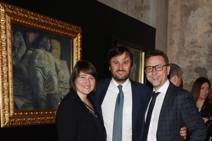 MILAN, ITALY - APRIL 11:  Alberto Losacco and guest attend Save The Artistic Heritage - Vernissage Cocktail on April 11, 2018 in Milan, Italy.  (Photo by Stefania M. D'Alessandro/Getty Images for Cinello) *** Local Caption *** Alberto Losacco